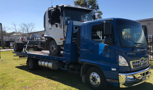 newcastle tow truck